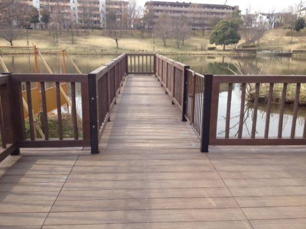 都筑区 T公園擬木デッキ工事
