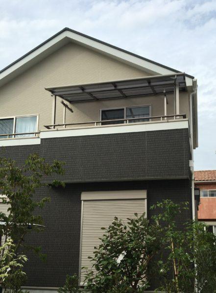 新築 造り付け屋根バルコニー