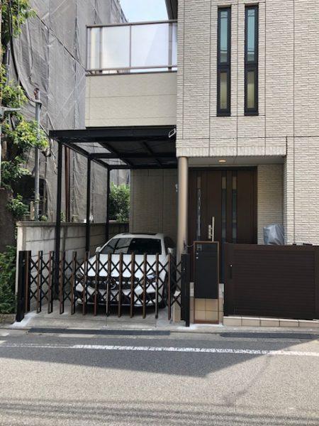 東京都目黒区洗足 T様邸車庫シャッターリフォームと宅配BOX取付