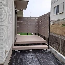 横浜市青葉区 T様邸          フェンス・デッキ・防草シート